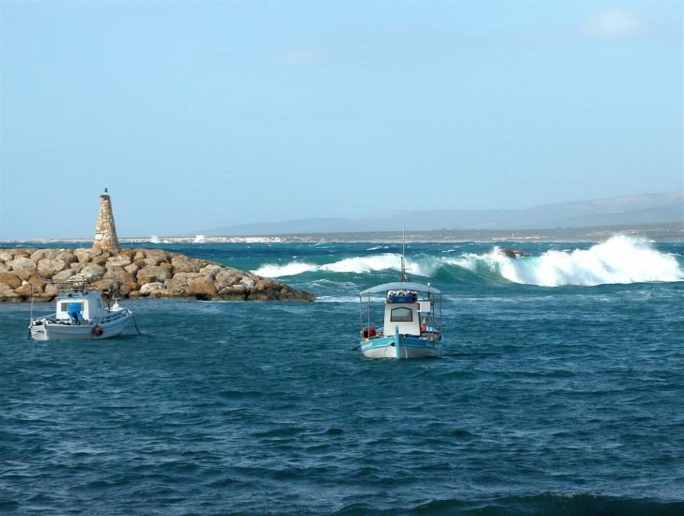 safe in Agios Georgios harbour