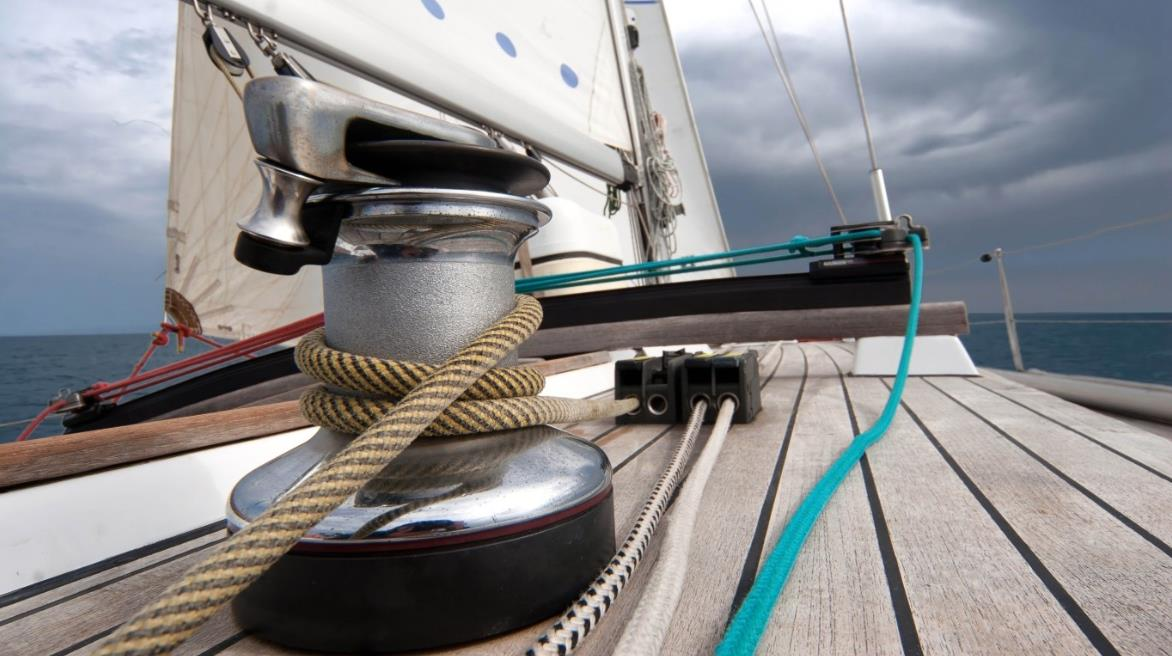 Winch sailing boatd